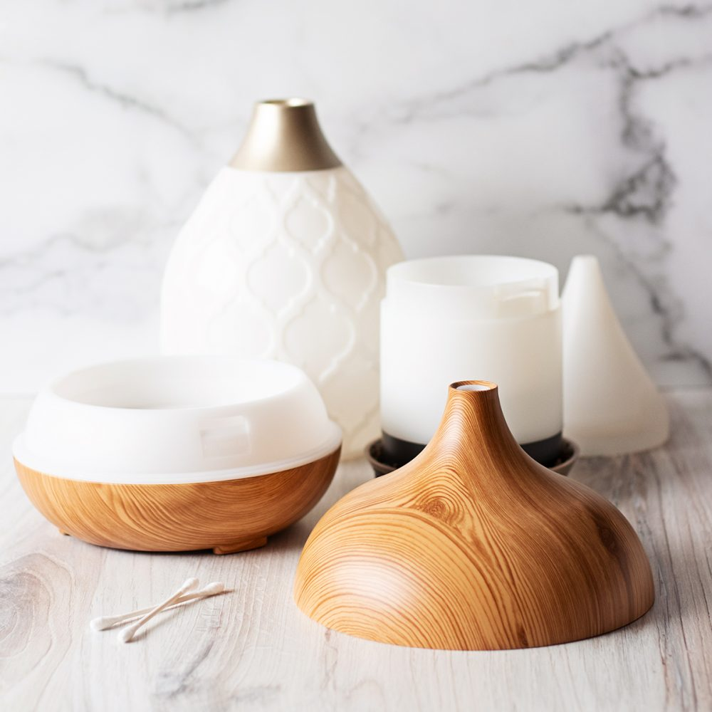Use these simple tips on how to clean a diffuser quickly and easily. So, you can get back to filling your home with all the uplifting aromas